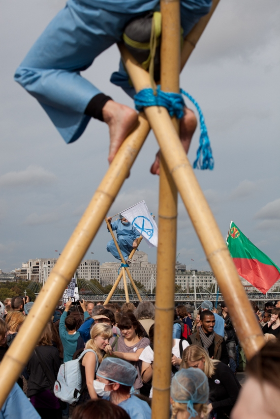 block the bridge demonstration-11
