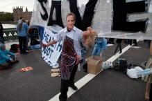 block the bridge demonstration-19