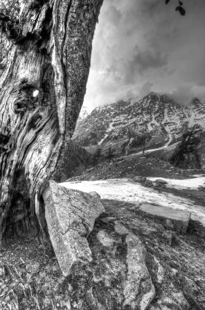 HIMALAYAN MOUNTAIN SCENE 3