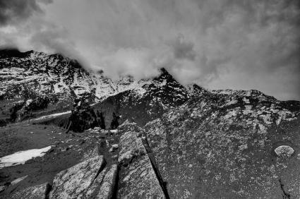 HIMALAYAN MOUNTAIN SCENE 5