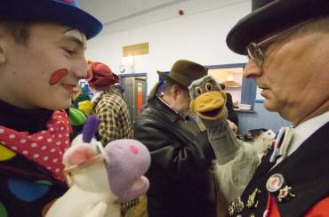 GRIMALDI MEMORIAL SERVICE CLOWNS DAY OUT -32