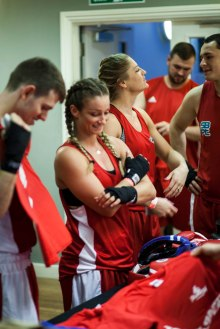 WHITE COLLAR BOXING -2